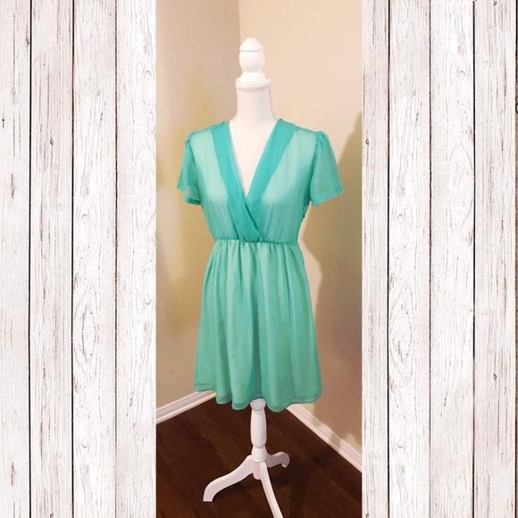 Dresses & Skirts - Stones Dress - NWOT
